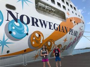 norwegian-pearl-cruising-belize