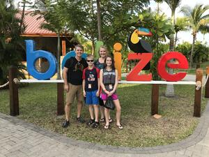 family-cruising-belize
