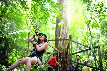 cruise-family-belize-zipline