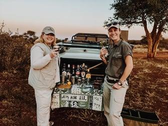 safari-south-africa-caravan