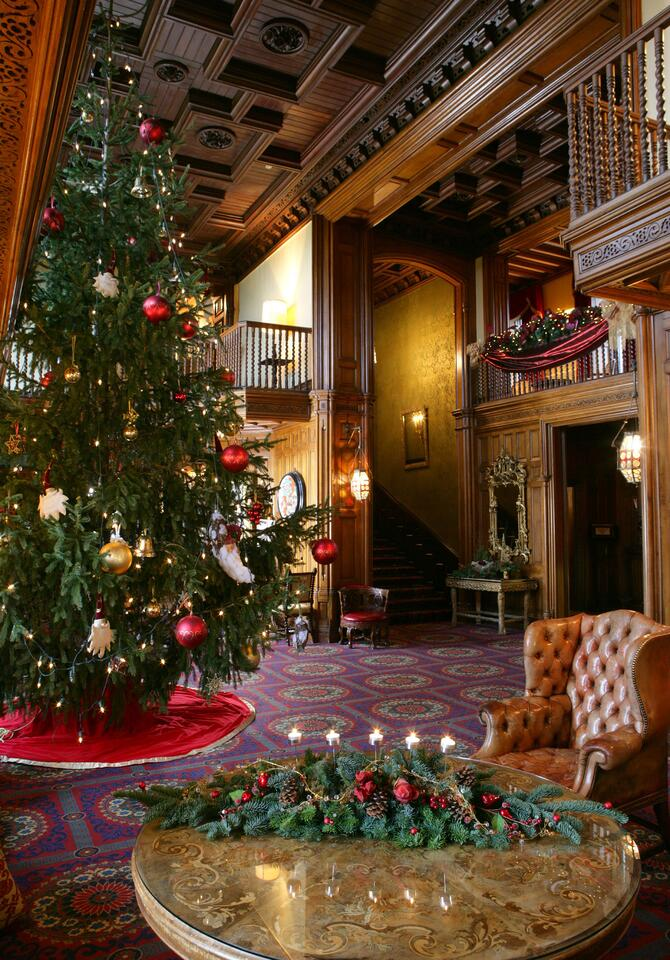 11_19-blog-ashford-castle-christmas