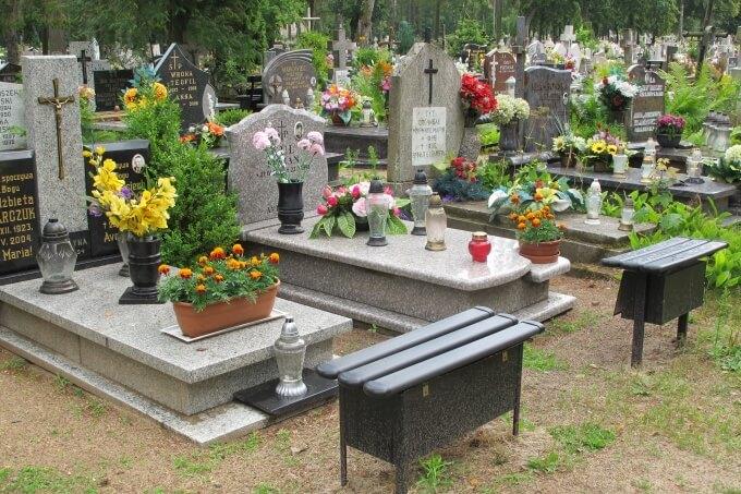9 Graveyard IMG_7851