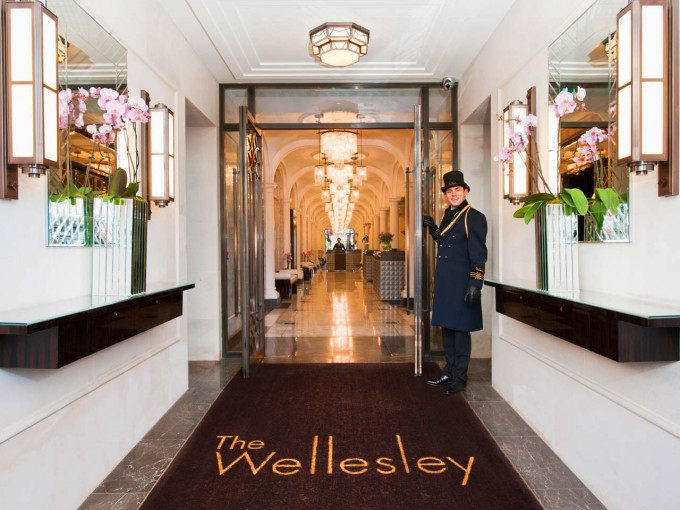 Wellesley_Lobby